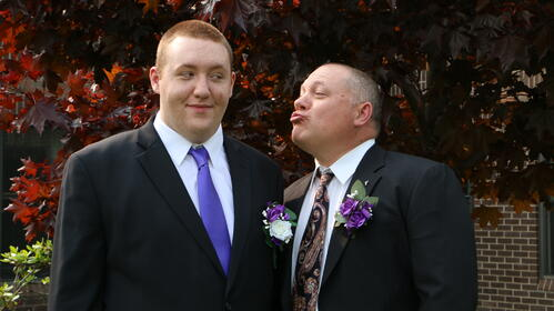 Tresten and his dad before the wedding