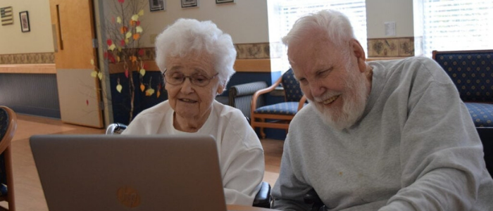 [blog-image]difference-between-assisted-living-nursing-home